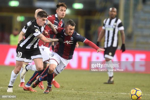 Cesar Falletti of Bologna FC in action during the serie A match between Bologna FC and Udinese Calcio at Stadio Renato Dall'Ara on December 30 2017...