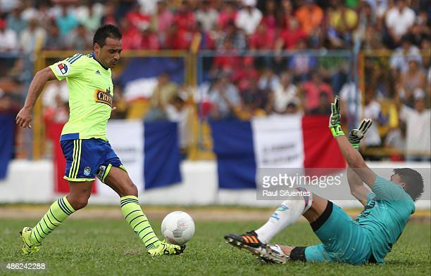Cesar Pereyra of Sporting Cristal kicks to score the second goal of his team during a match between Union Comercio and Sporting Cristal as part of...