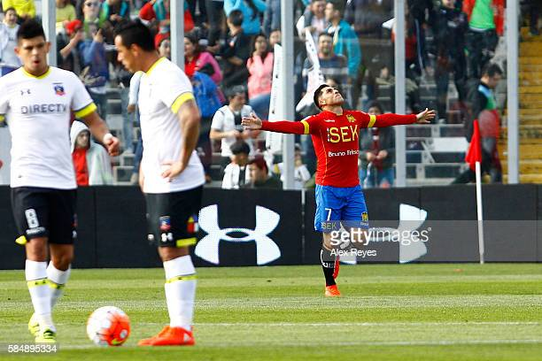 Cesar Pinares of Union Espanola celebrates after scoring the first goal of his team during a match between Colo Colo and Union Espanola as part of...