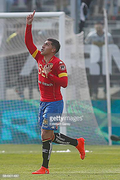 Cesar Pinares of Union Espan–ola celebrates after scoring the first goal of his team during a match between Colo Colo and Union Espa–ola as a part of...