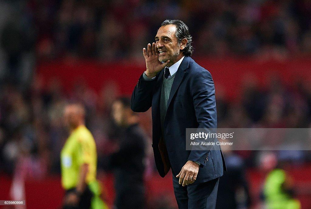 Cesare Prandelli of Valencia CF reacts during the La Liga match between Sevilla FC and Valencia CF at Estadio Ramon Sanchez Pizjuan on November 26, 2016 in Seville, Spain.