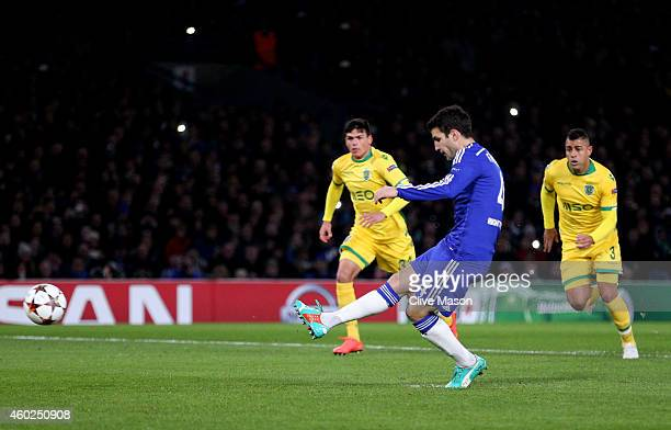 Cesc Fabregas of Chelsea scores the openiung goal from the penalty spot during the UEFA Champions League group G match between Chelsea and Sporting...