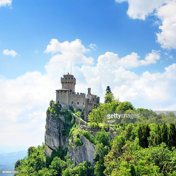 cesta tower, san marino - republic of san marino stock pictures, royalty-free photos & images