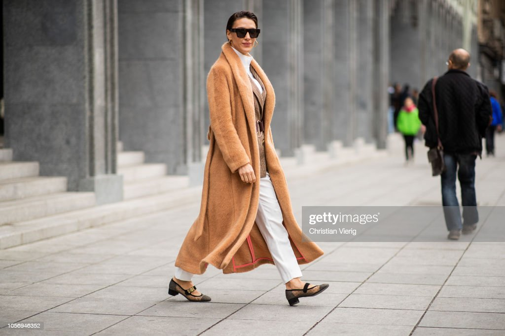 Street Style - Mercedes-Benz Tbilisi Fashion Week - November 3, 2018 : Foto jornalística