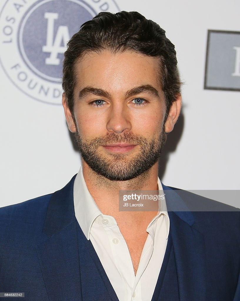 Los Angeles Dodgers Foundation Blue Diamond Gala - Arrivals : Fotografía de noticias