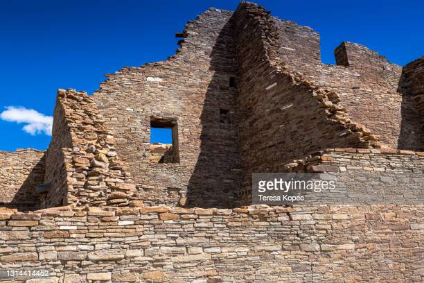 chaco culture national historical park - anasazi ruins stock pictures, royalty-free photos & images