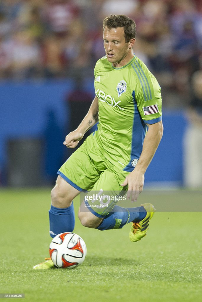 Chad Barrett #19 of the Seattle Sounders FC controls the ball against the FC Dallas on April 12, 2014 at Toyota Stadium in Frisco, Texas.