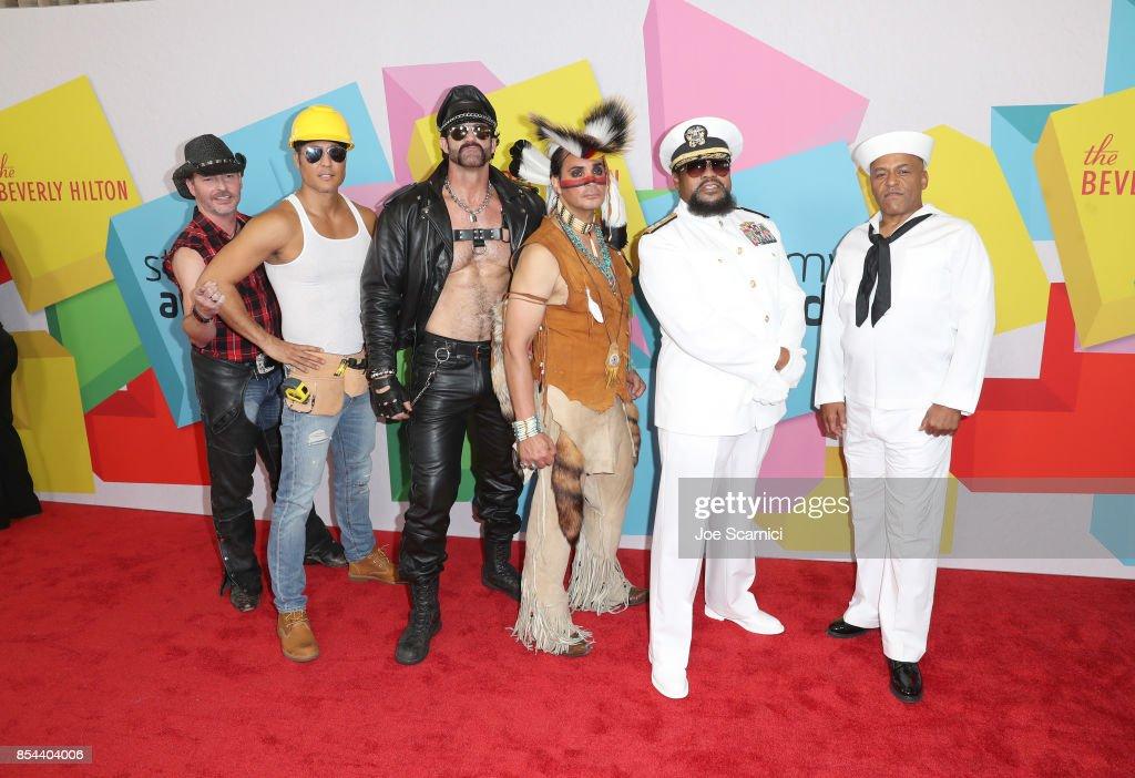 2017 Streamy Awards - Arrivals : News Photo