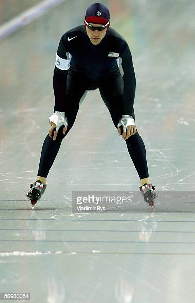 Chad Hedrick of the United States prepares for the 10000 meter men's speed skating final during Day 14 of the Turin 2006 Winter Olympic Games on...