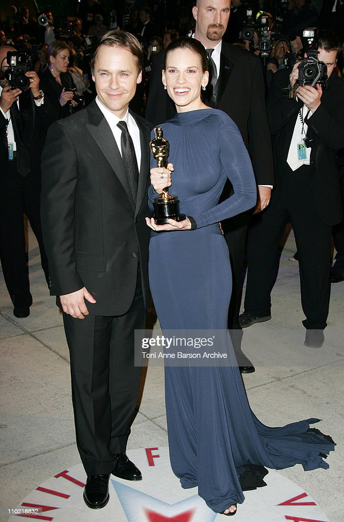 Chad Lowe and Hilary Swank, winner Best Actress in a Leading Role for 'Million Dollar Baby'