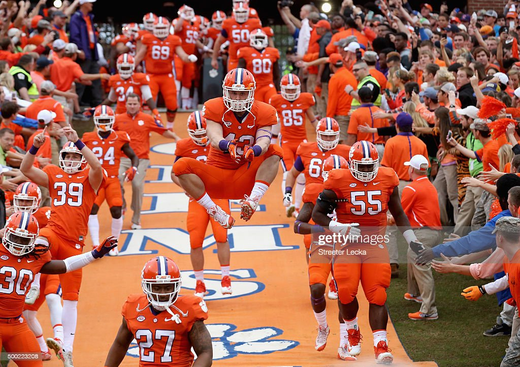 Chad Smith #43 of the Clemson Tigers runs onto the field with his team before their game against the Florida State Seminoles at Memorial Stadium on November 7, 2015 in Clemson, South Carolina.
