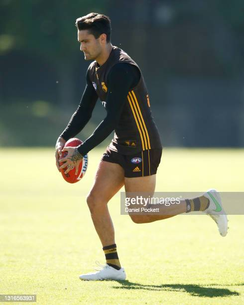 Chad Wingard of the Hawks in action during a Hawthorn Hawks AFL training session at Waverley Park on May 06, 2021 in Melbourne, Australia.