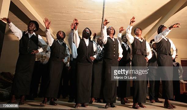 N'DJAMENA CHAD NOVEMBER 5 Chadian woman perform at an Evangelic function on November 5 2006 in N'Djamena Chad Chad declared a state of emergency in...