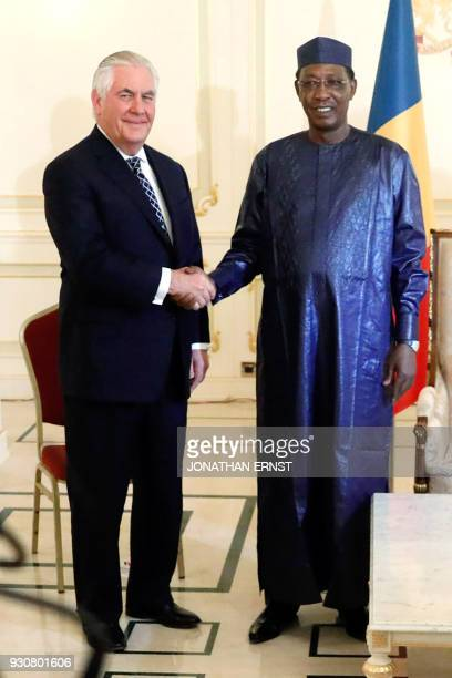 Chad's President Idriss Deby welcomes US Secretary of State Rex Tillerson at the Presidential Palace in N'Djamena on March 12 2018 / AFP PHOTO / POOL...