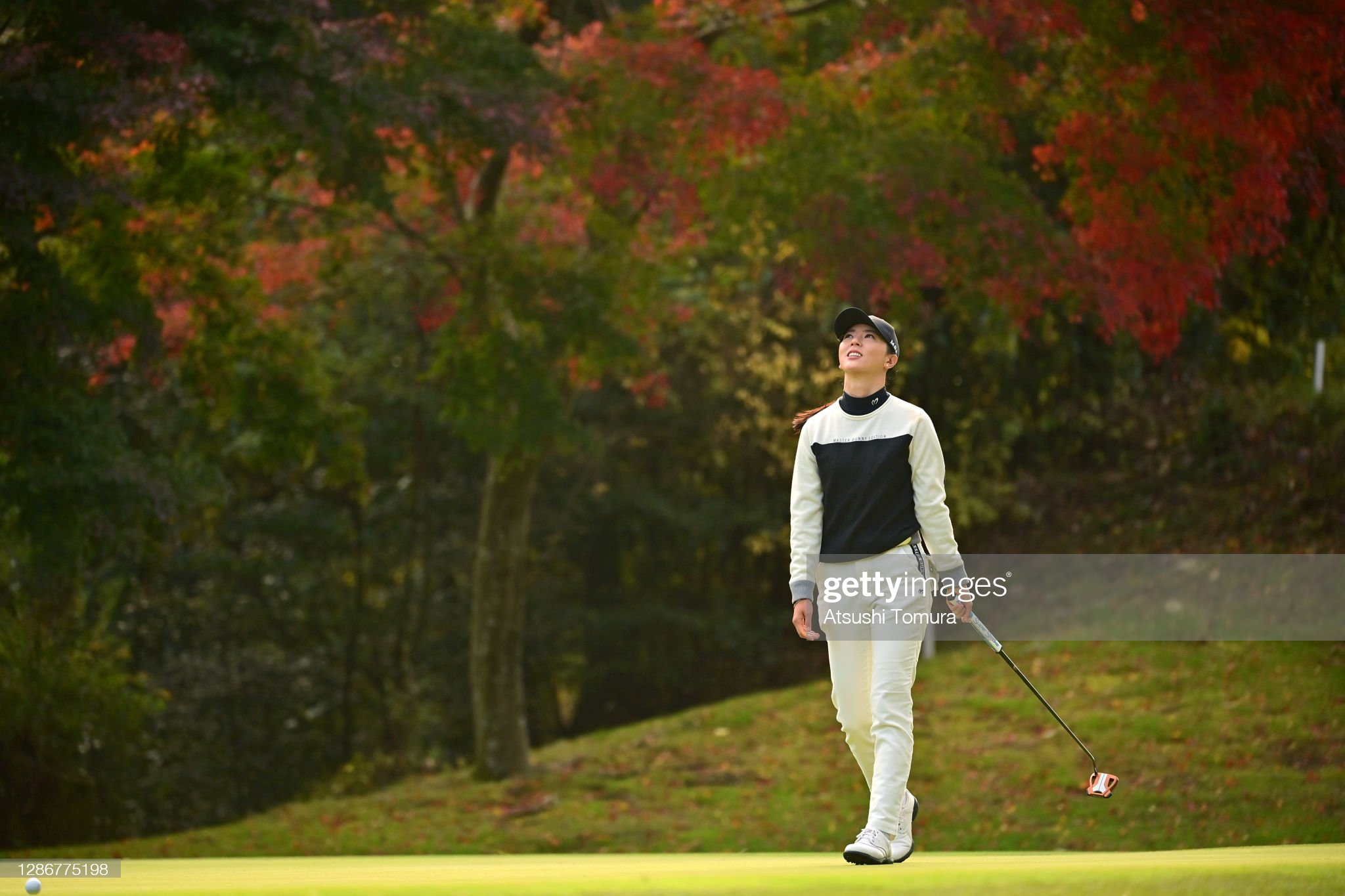 https://media.gettyimages.com/photos/chaeyoung-yoon-of-south-korea-reacts-after-a-putt-on-the-2nd-green-picture-id1286775198?s=2048x2048