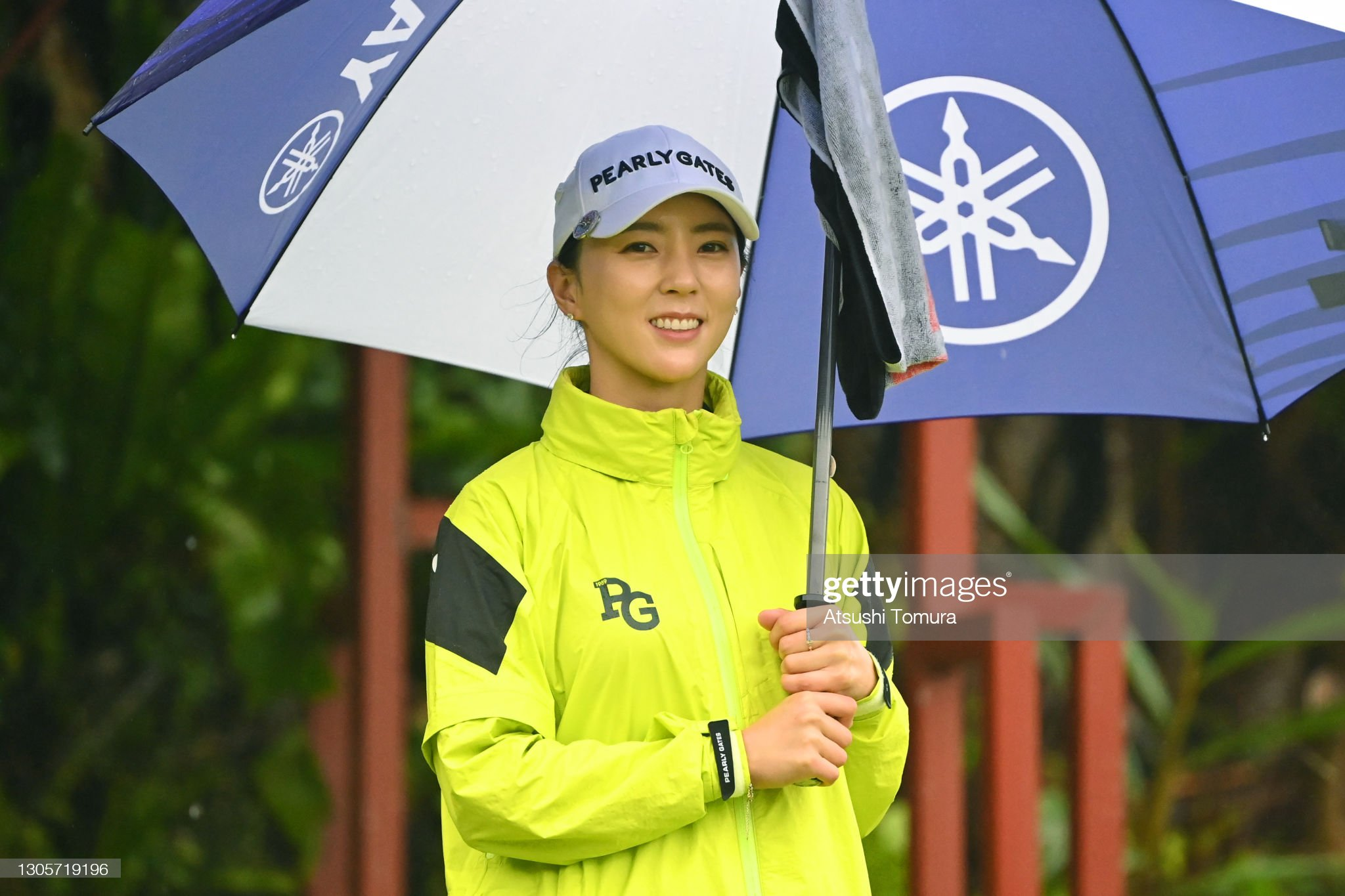 https://media.gettyimages.com/photos/chaeyoung-yoon-of-south-korea-smiles-on-the-11th-tee-during-the-final-picture-id1305719196?s=2048x2048