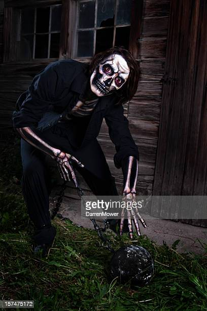 Chained Skeleton