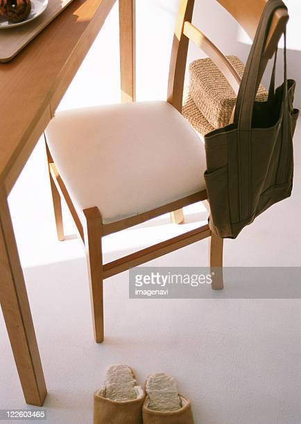 chair and desk - トートバッグ ストックフォトと画像