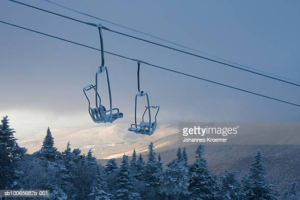 chair lift in winter - ski lift stock pictures, royalty-free photos & images