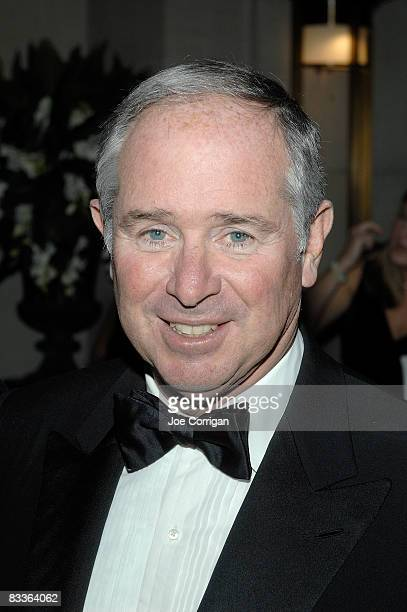 Chairman and CEO of Blackstone Group Stephen Schwarzman attends The Frick Collection Autumn dinner at The Frick Collection on October 20 2008 in New...