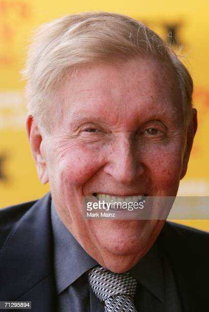 Chairman and CEO of Viacom Sumner Redstone attends the premiere of FX's second season of ''It's Always Sunny In Philadelphia'' at the Harmony Gold...