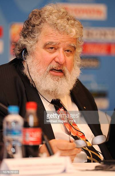 Chairman and FIFA Executive Committee member Chuck Blazer speaks to the media during the FIFA Press Conference at the Fairmont Hotel on December 16...