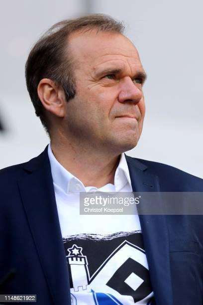 Chairman Bernd Hoffmann of Hamburg looks on prior to the Second Bundesliga match between SC Paderborn 07 and Hamburger SV at Benteler Arena on May...