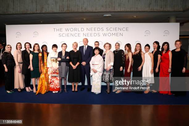 Chairman Chief Executive Officer of L'Oreal and Chairman of the L'Oreal Foundation JeanPaul Agon poses with Laureates Professor Claire Voisin...