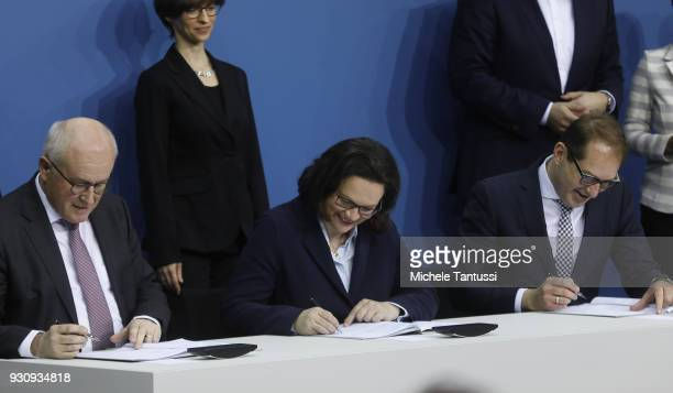 Chairman of the Bundestag Fraction of the German Christian Democrats Volker Kauder Chairman of the Bundestag Fraction of the German Social Democrats...