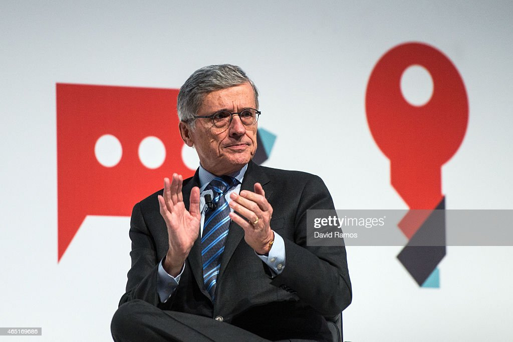 Mobile World Congress 2015 - Day 2 : News Photo