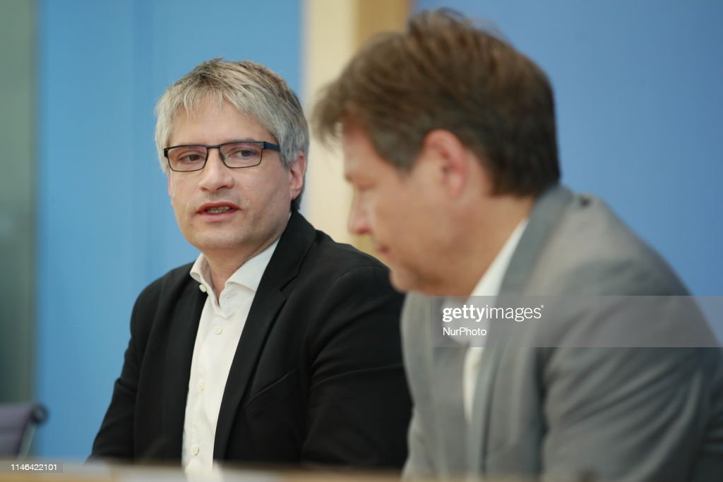 DEU: German Political Parties comment the results of the European Elections