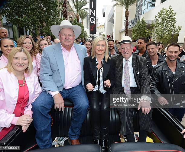 Chairman of the Las Vegas Convention and Visitors Authority and Flamingo Regional President Eileen Moore Clark County Commissioner Tom Collins singer...