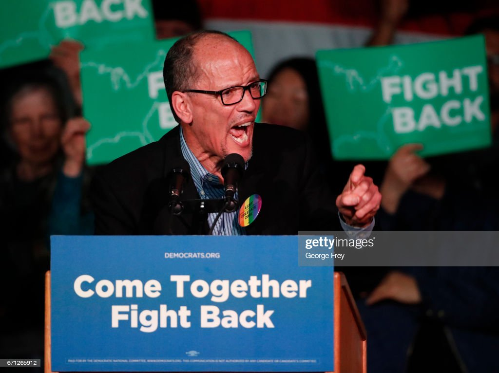 Sen. Bernie Sanders (D-VT) and DNC Chairman Tom Perez Hold Rally In Salt Lake City, Utah : News Photo