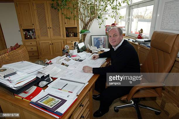 """Chairman Uli Hoeness of FC Bayern Munich at his desk in his office at the Munich headquarters at the """"Saebener Strasse"""" in Munich, Germany"""