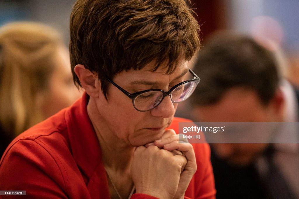 CDU Launches European Elections Campaign : Nachrichtenfoto
