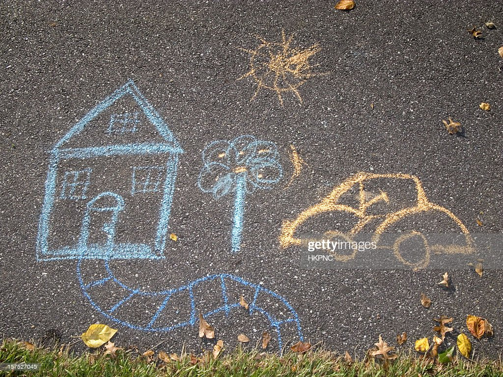 Chalk Drawing, House & Car On Asphalt Sidewalk / Path : Stockfoto