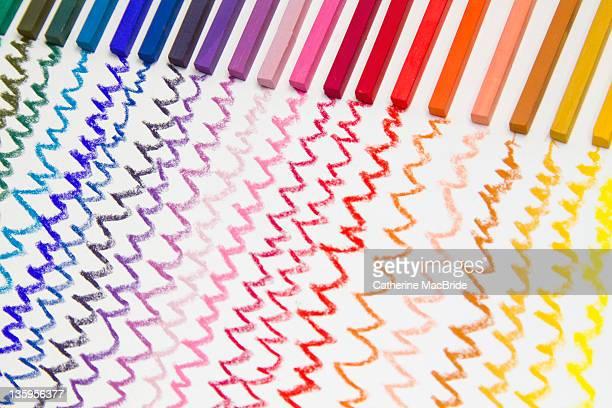Chalk pastel zig zag lines