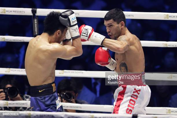 Challenger Emanuele Blandamura of Italy in action against champion Ryota Murata of Japan during the WBA Middleweight Title Bout at Yokohama Arena on...
