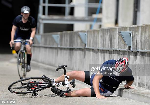 Challenger World triathlon London UK Mixed category competitor