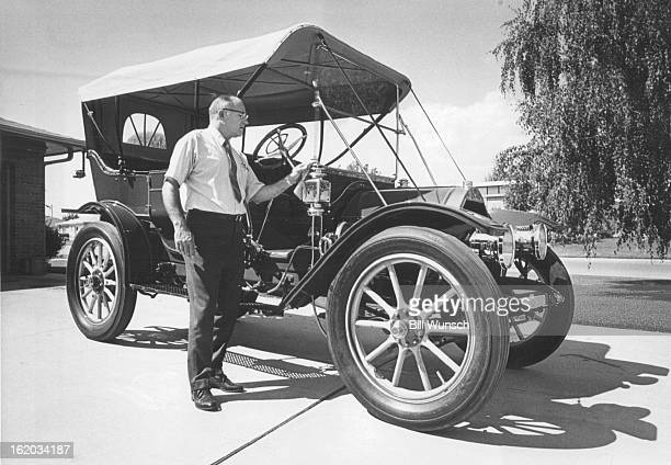 ChalmersDetroit Takes First In Reno Sam Flohr Wheat Ridge carefully polishes his gleaming ChalmersDetroit which he restored to win a meritorious...