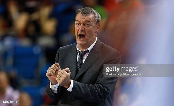 Chalon head coach Gregor Beugnot reacts during the FIBA Europe EuroChallenge Final Four final game between Besiktas Milangaz and Elan Chalon at Fonix...