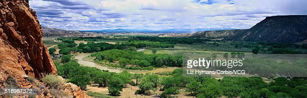 chama river valley - liz vega fotografías e imágenes de stock