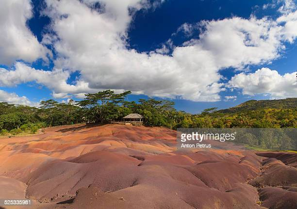 chamarel coloured sands - anton petrus stock pictures, royalty-free photos & images
