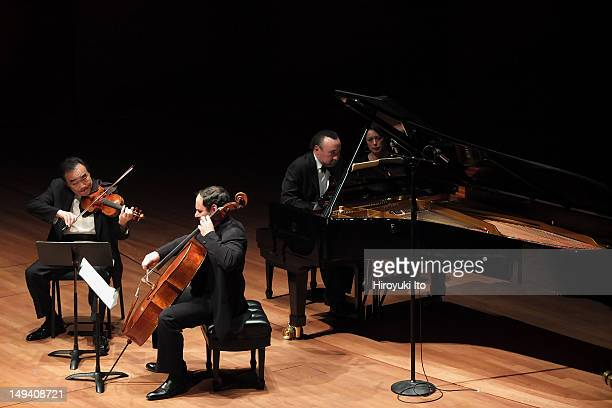 Chamber Music Society performing at Alice Tully Hall on Tuesday night April 24 2012Image shows From left ChoLiang Lin Gary Hoffman and Jon Kimura...