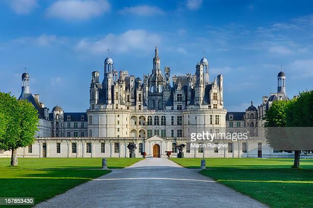 chambord castle (chateau de chambord. - loir et cher stock pictures, royalty-free photos & images