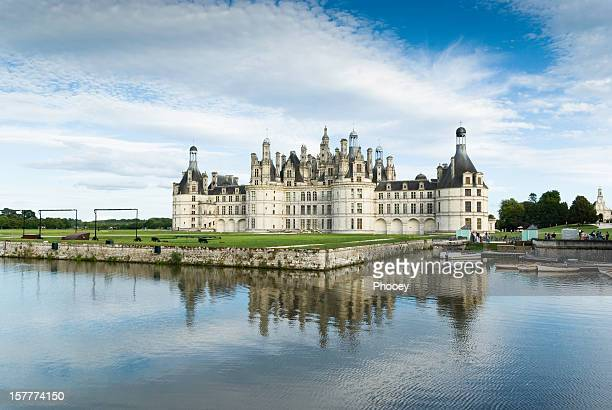 chambord castle - loire valley stock pictures, royalty-free photos & images