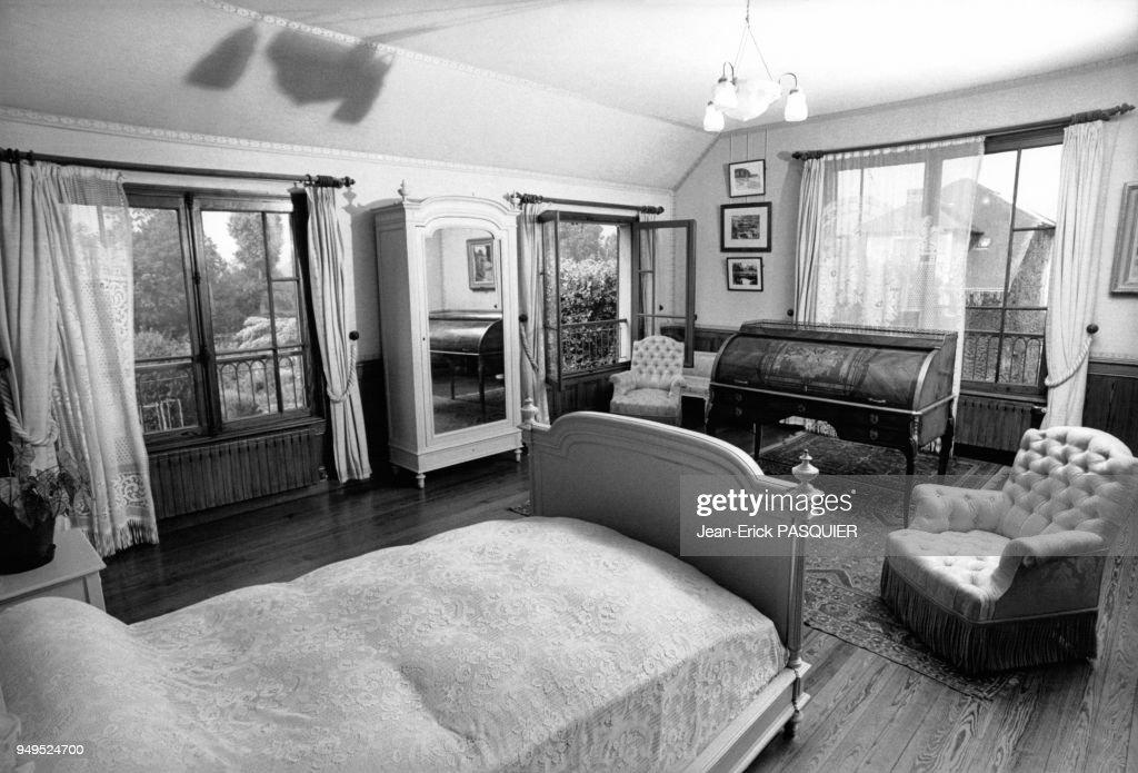 Chambre à coucher et bureau du peintre claude monet dans sa maison