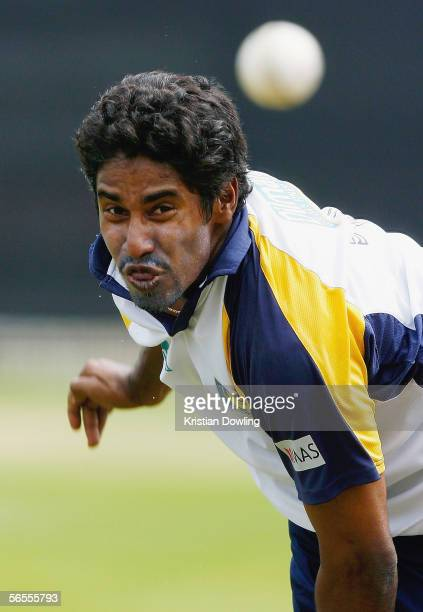 Chaminda Vaas of Sri Lanka bowls during a Sri Lankan training session at Junction Oval on January 10 2005 in Melbourne Australia