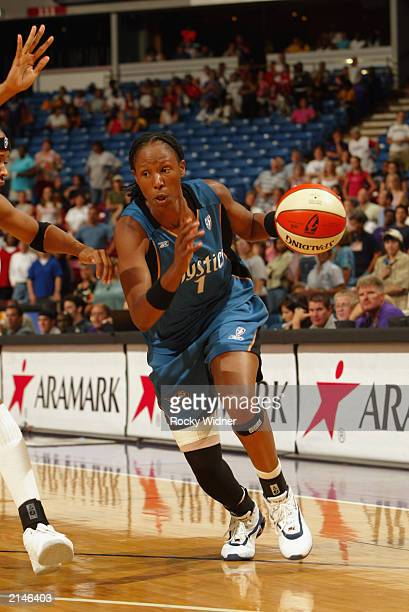 Chamique Holdsclaw of the Washington Mystics drives to the basket during the game against the Sacramento Monarchs on July 2 2003 at Arco Arena in...