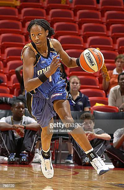 Chamique Holdsclaw of the Washington Mystics runs down court for a fast break against the Miami Sol in the first half at American Airlines Arena in...
